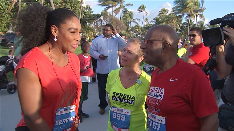 Serena Williams chats with Al and Lori Rothman