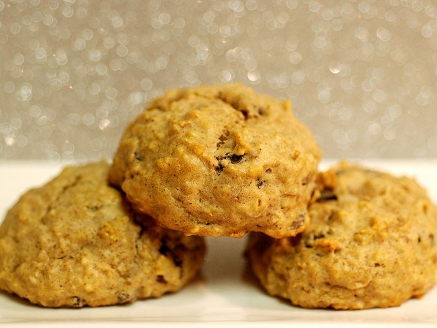 Appelmoes oatmeal raisin cookies