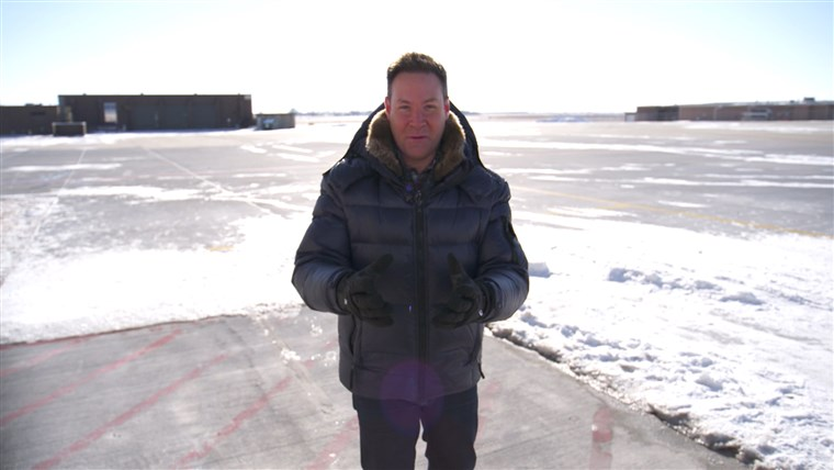 Jeff Rossen at (chilly) Des Moines International Airport.