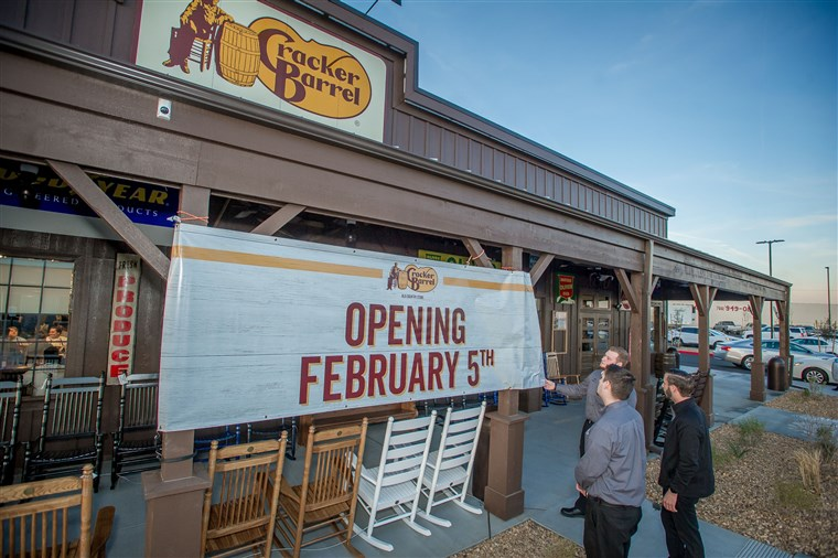 Biscoito Barrel Old Country Store Opening