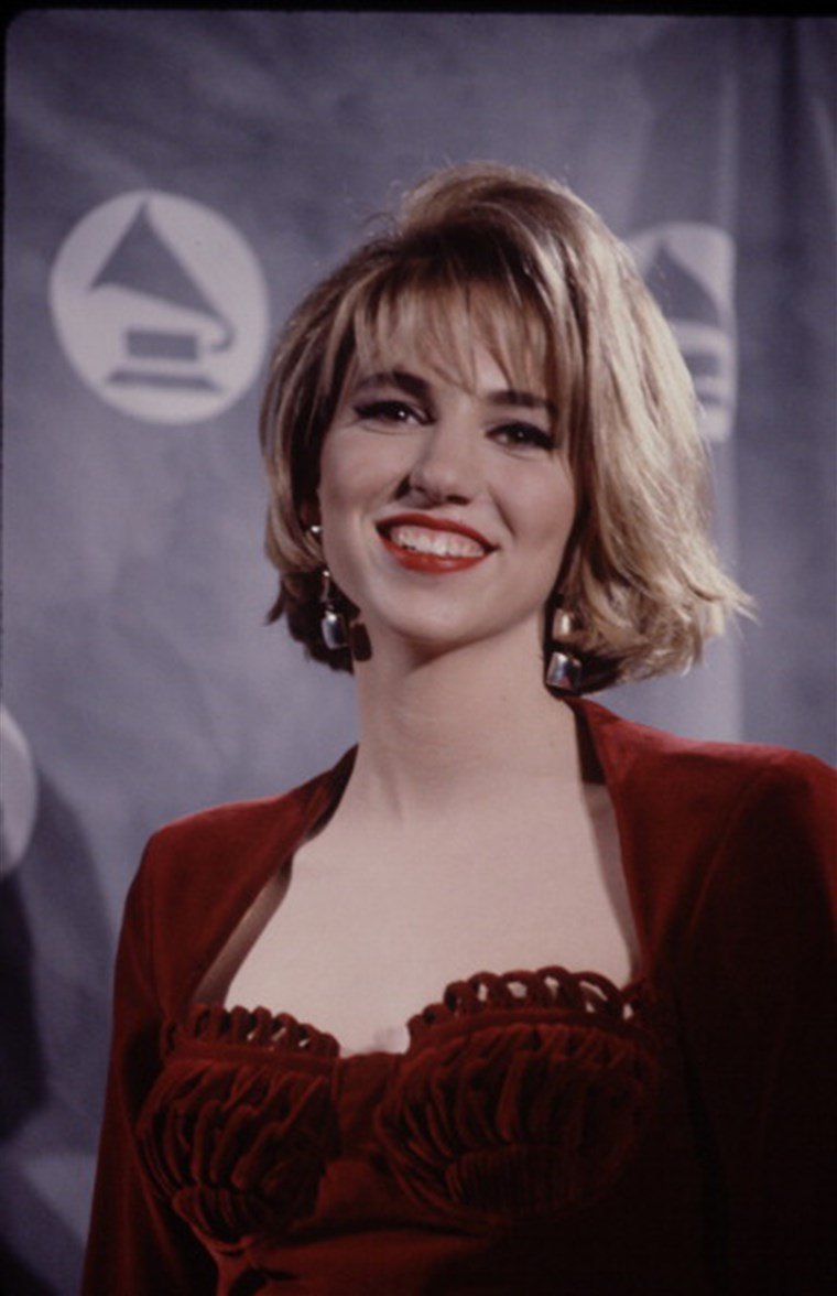 Debbie Gibson flashback time! Check out these vintage looks.