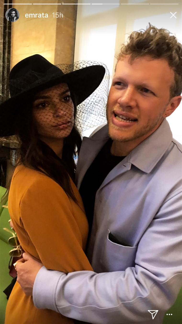 De Instagram series represents one of Ratajkowski and Bear-McClard's only public appearances together.