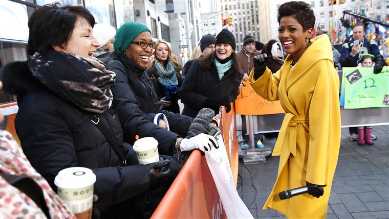 HARI INI co-host Tamron Hall out on the plaza.