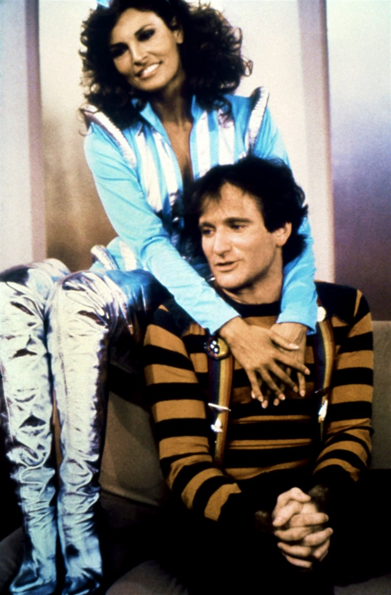 MORK & MINDY, from left: Raquel Welch, Robin Williams in 'Mork vs. the Necrotons: Parts 1 and 2' (Se