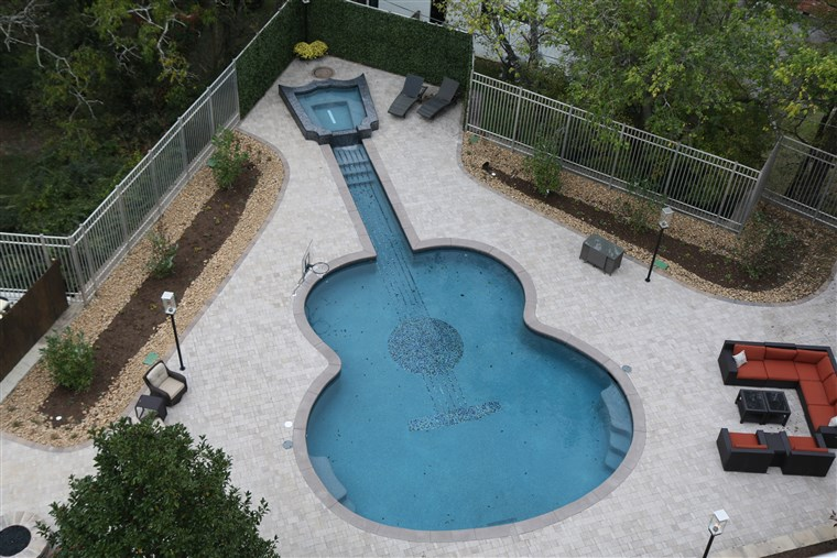 John Rich's Nashville home has a guitar-shaped pool