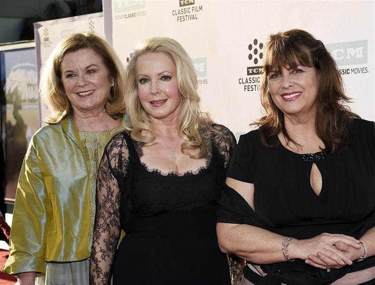 Gambar: Cast members actresses Heather Menzies-Urich, Kym Karath and Debbie Turner pose during 50th anniversary screening of musical drama film