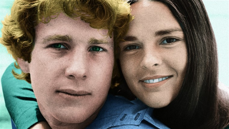 Cinta STORY, from left: Ryan O'Neal, Ali MacGraw, 1970