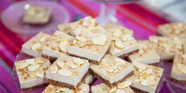 Vegan Salted Almond Cheesecake Bars