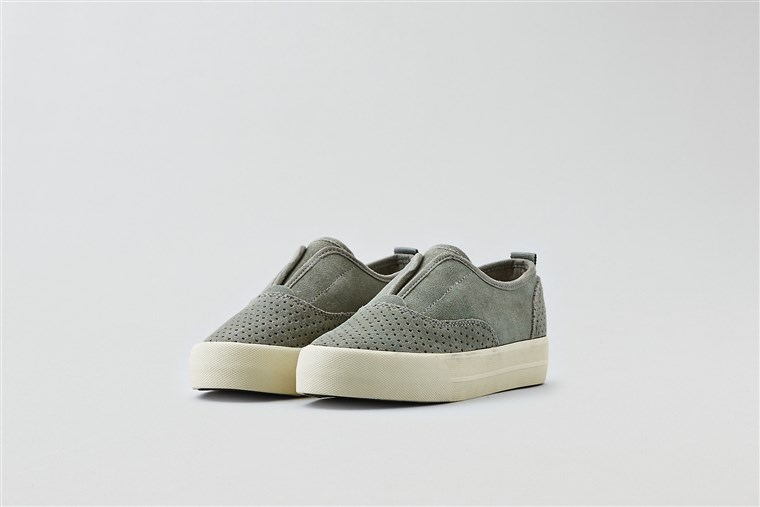 americano Eagle Outfitters slip ons