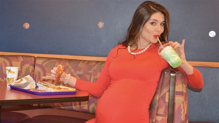 Kristin Johnston researched the fanciest Taco Bells to find the perfect one for her maternity photo shoot.