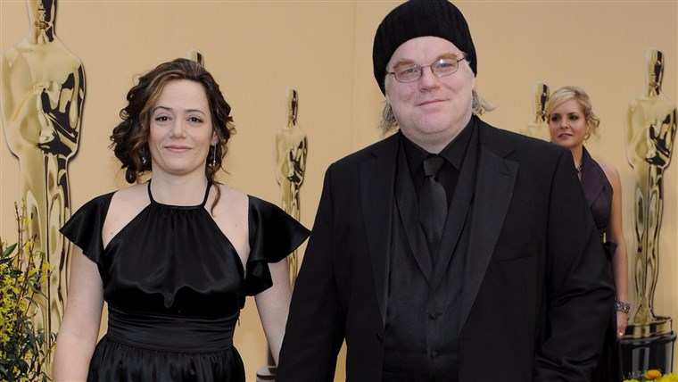 Obraz: The Oscars - Philip Seymour Hoffman and Mimi O'Donnell