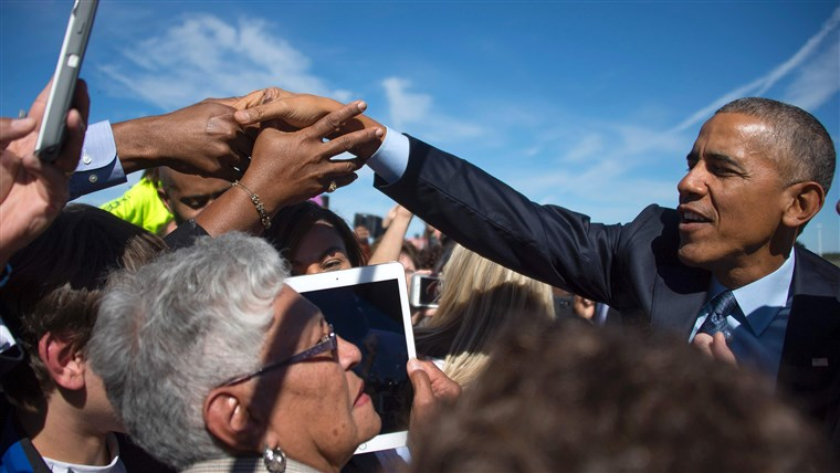 ONS President Barack Obama greets supporters
