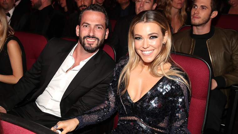 Rachel Platten and husband Kevin Lazan at the 2016 American Music Awards