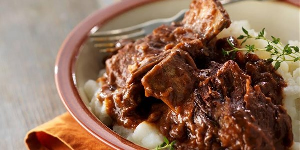 Slow-Cooker Falling-Off-the-Bone Short Ribs