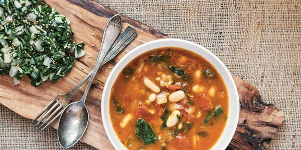 Slow-Cooker Farro Soup