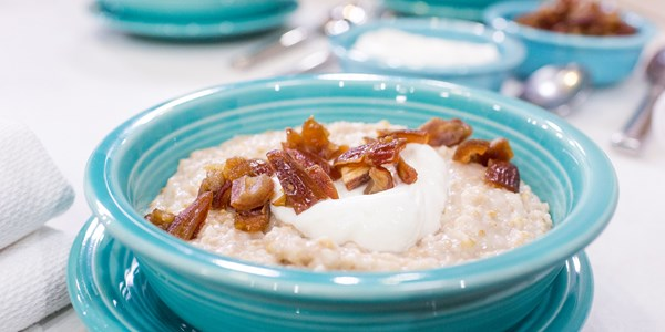 Crock-Pot Coconut Cinnamon Oatmeal with Dates