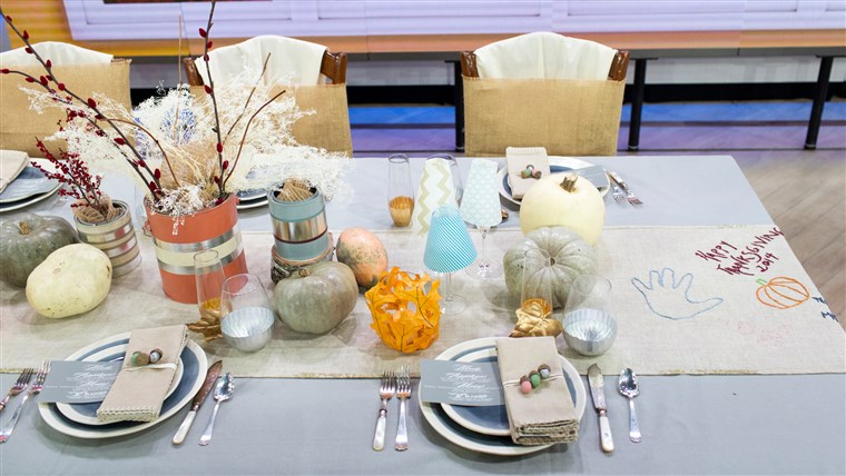 Adorable Thanksgiving table decorations