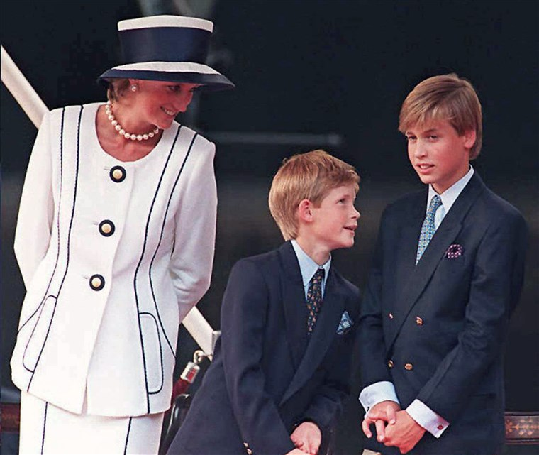 o two princes and their mom in 1995.
