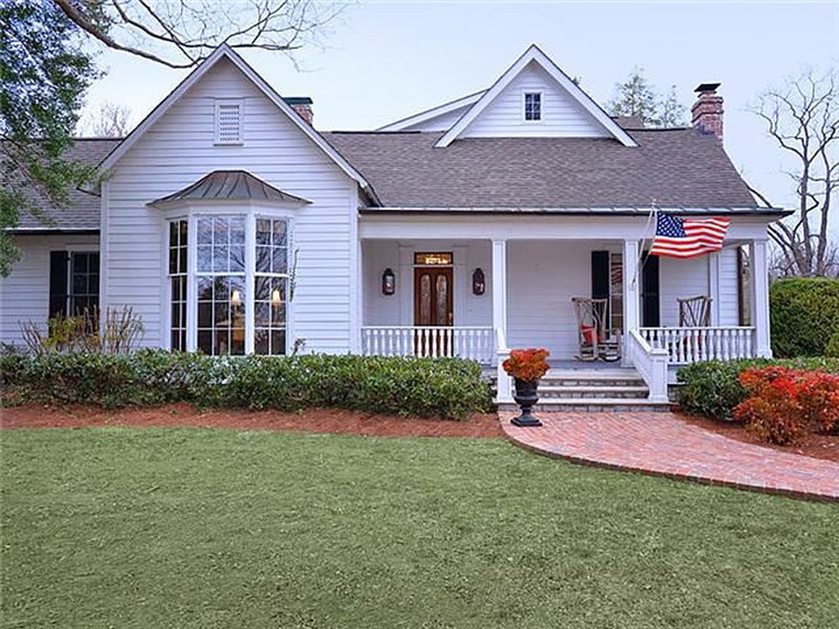 Trisha Yearwood has listed her Nashville-area home for $2.2 million.
