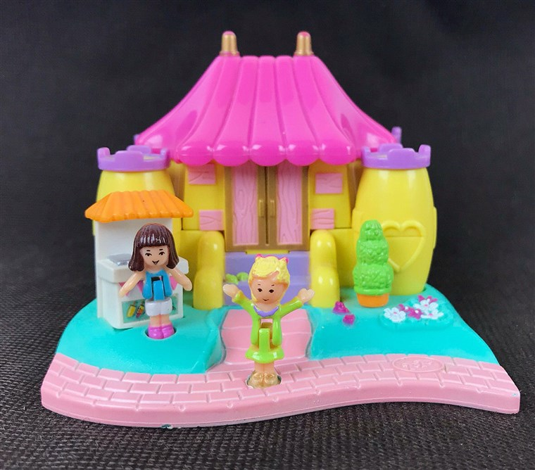 Polly Pocket Bouncy Castle