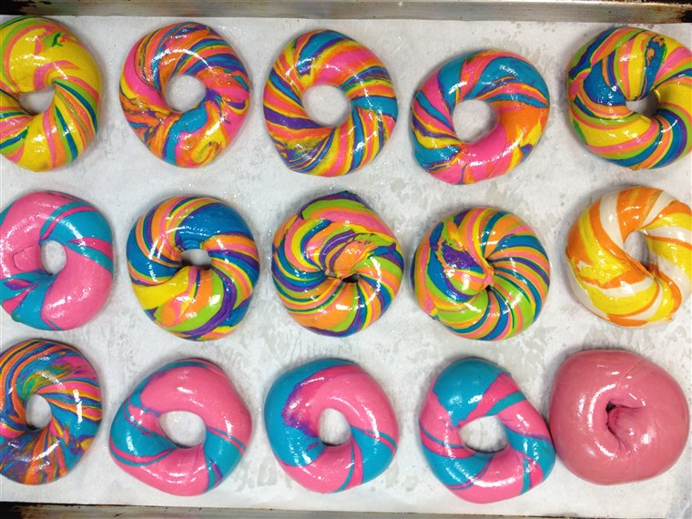 Różnorodność of Rainbow and Psychadelic Rainbow Bagels from Brooklyn's The Bagel Store